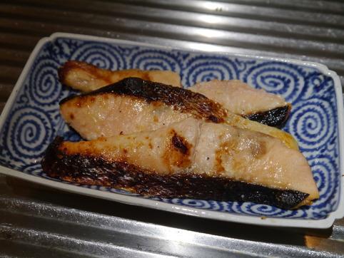 塩麹鮭を焼いた