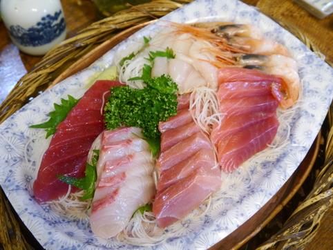 青木鮮魚店の刺身