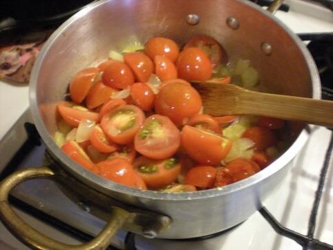 プチトマトを入れて・・