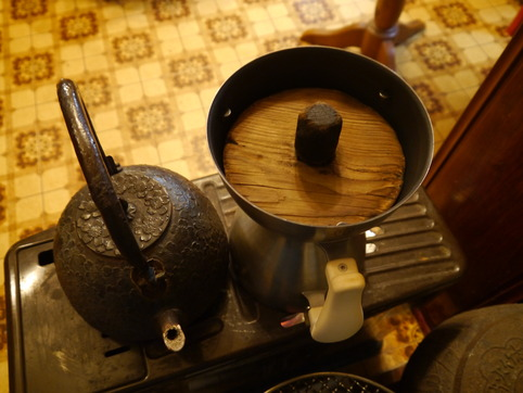 パスタ用のお湯を沸かす