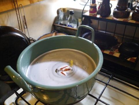 甘酢を沸騰させる