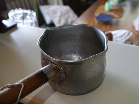 小さい片手鍋3