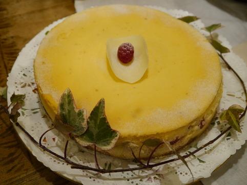フレッシュラズベリーのチーズケーキ
