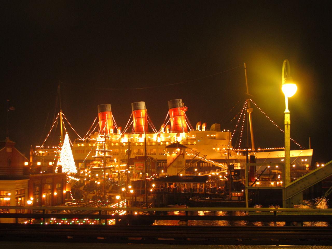 東京ディズニーシー ぶらりクリスマス 夜のアメリカンウォーター