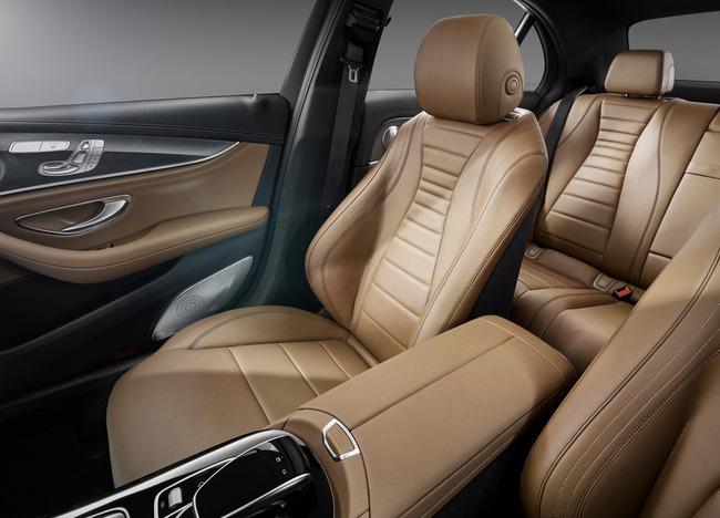 2017-Mercedes-E-Class-15
