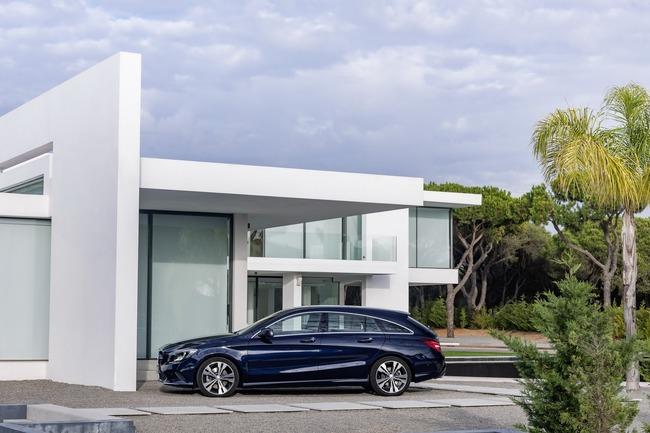 2017-Mercedes-CLA-23