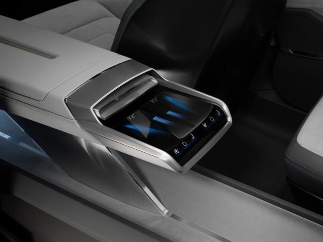 Audi-H-Tron-Quattro-Concept-05