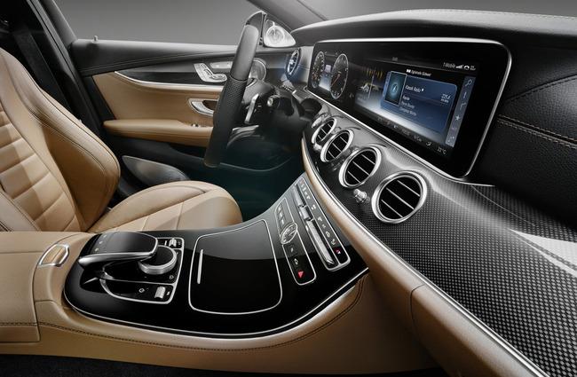2017-Mercedes-E-Class-14