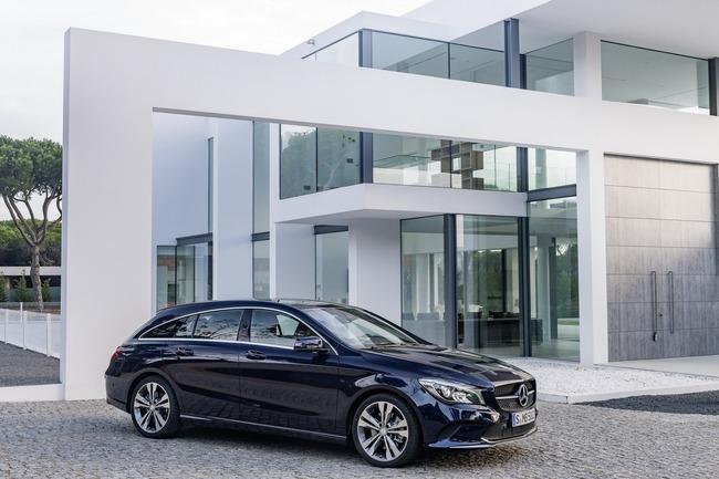 2017-Mercedes-CLA-24