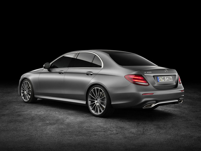 2017-Mercedes-E-Class-10