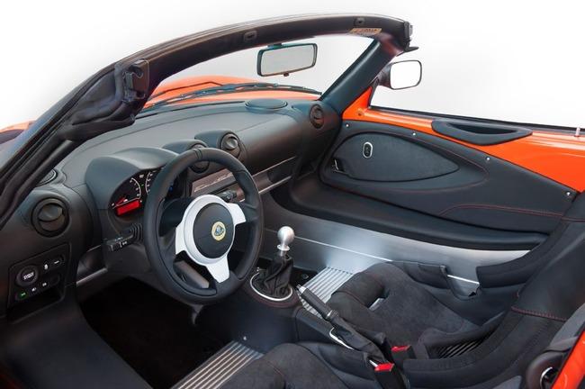 lotus-elise-cup-250-interior
