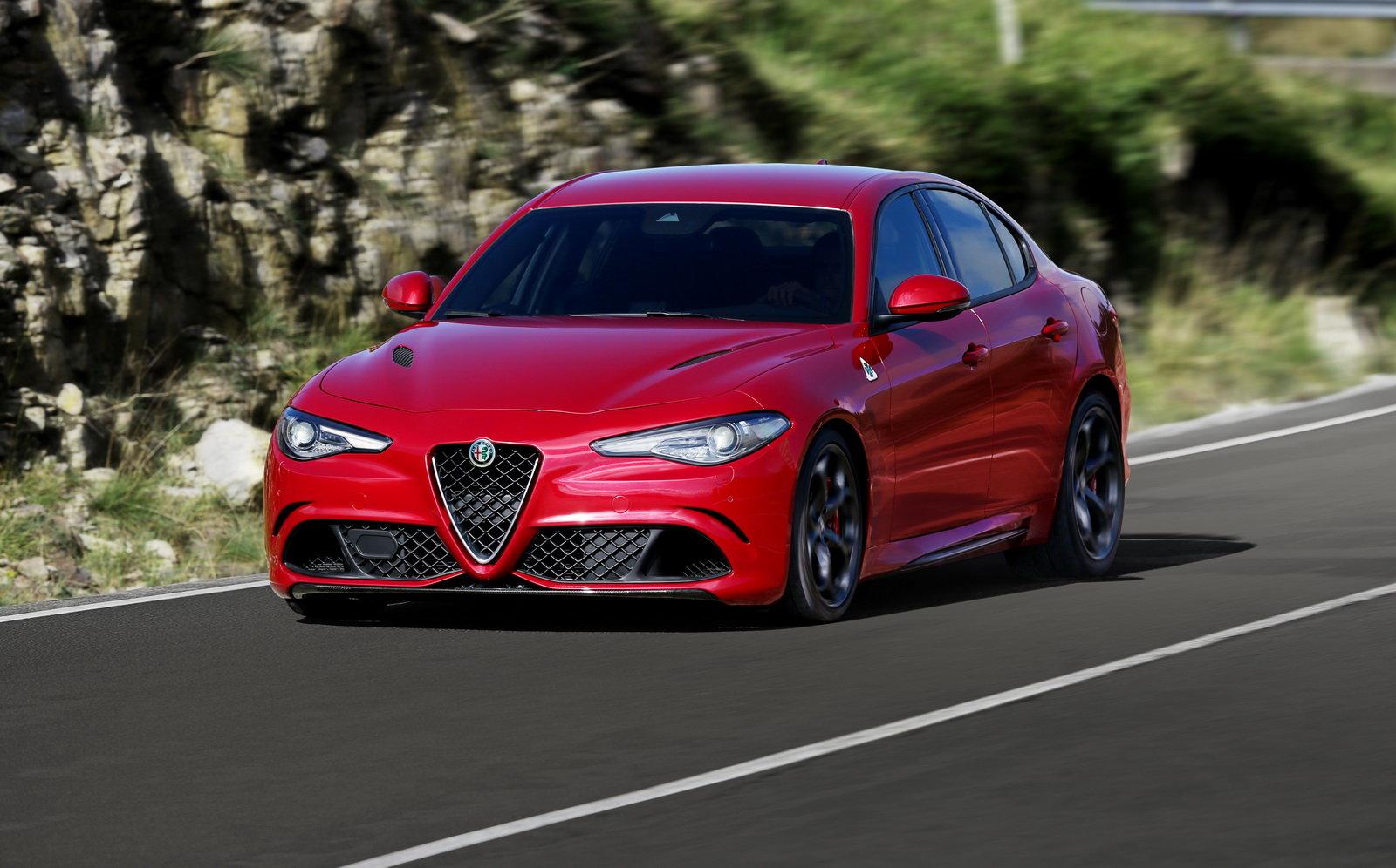 Alfa romeo giulia qv engine sound 16