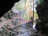 星の岩屋・裏見の滝と紅葉(その3)。