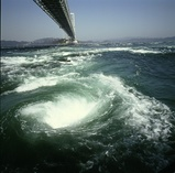 大潮、観潮時の渦潮(その2)。