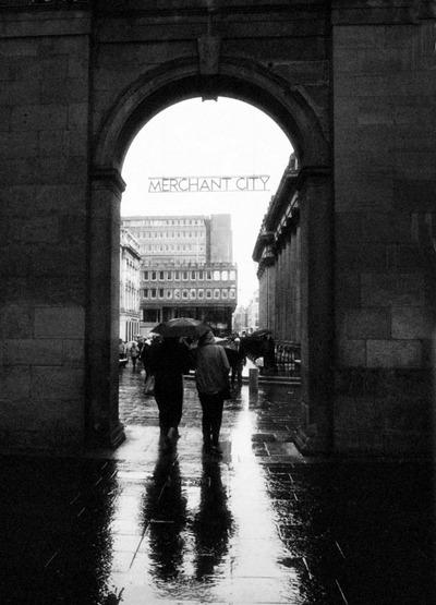 merchant_city