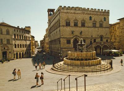 piazza dei priori01