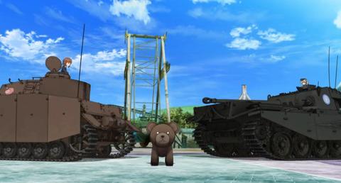 《劇場版ガルパン》さ熊の所で一瞬打つの遅れてたじゃん