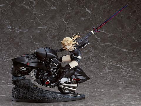 《Fate/GO》フィギュア「セイバー/アルトリア・ペンドラゴン〔オルタ〕& キュイラッシェ・ノワール」予約開始!一閃を放たんとする様を表現