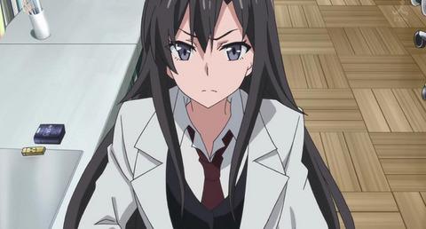 《俺ガイル》平塚先生って何で国語の先生なのに白衣着てんの?