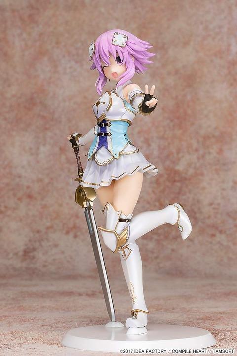 《四女神オンライン》フィギュア「聖騎士ネプテューヌ」予約開始!ネプテューヌの不思議な魅力が感じられます