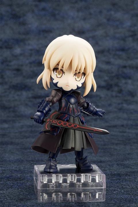 《Fate/GO》キューポッシュ「セイバー/アルトリア・ペンドラゴン〔オルタ〕」予約開始!オルタ化によって漆黒に染まり、重厚感が増した鎧は緻密な造形で再現