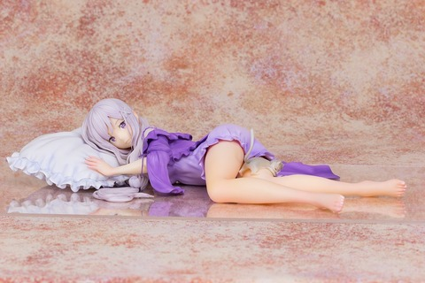 《Re:ゼロ》フィギュア「エミリア 1/7スケール」予約開始!薄くて柔らかい寝間着を忠実に再現