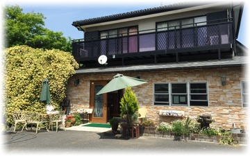 「Zakka Cafe Rose House」さんへ
