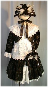シロ三歳の七五三お色直しドレス