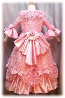 ウエディングドレスを真似たリボン