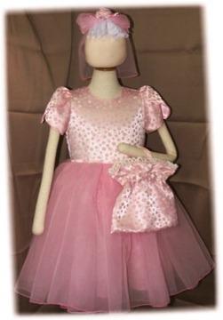 フラワーガールのドレス