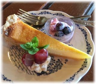 デザートはチーズケーキ