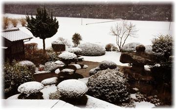 昨日は雪❄️が降る中