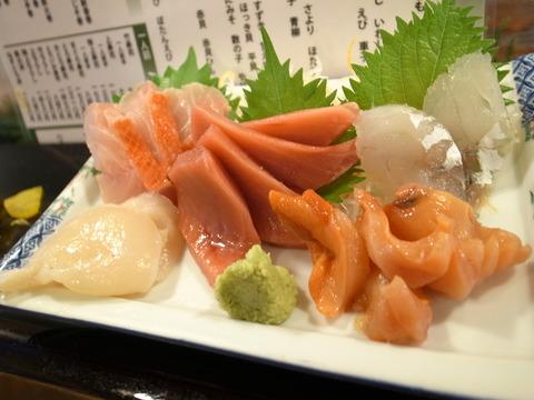 魚がし寿司 (9)