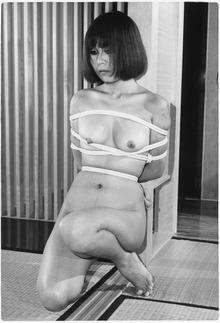 119-03深田菊子