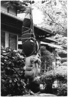 6野外逆さ吊り3梨花悠紀子