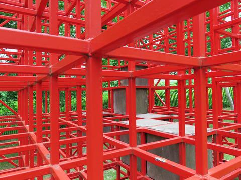 札幌の公園「石山緑地」でリアル・レトロゲーム空間にダイブ!