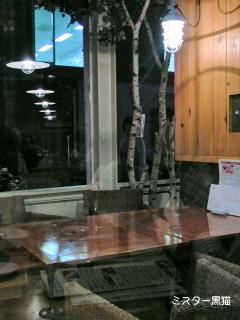 ミスター黒猫のカフェめぐり