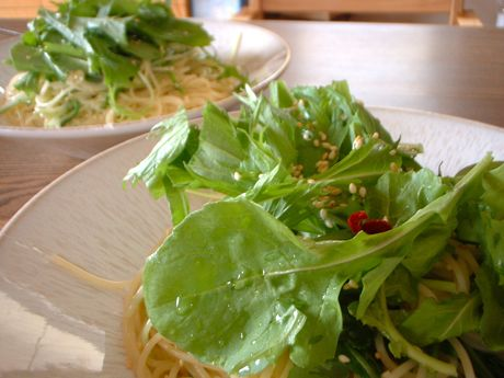 ルッコラ&水菜のパスタ