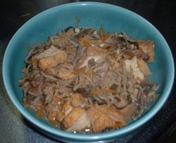 切干し大根と芋がらと厚揚げの煮物