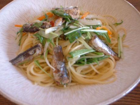 オイルサーディンと水菜のパスタ