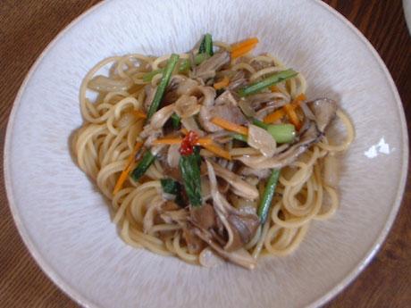 舞茸と小松菜のスパゲティ