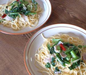 小松菜とベーコンのスパゲティ