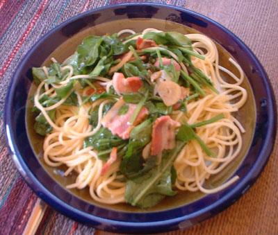 ルッコラとベーコンのスパゲティ