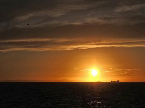 ⑥明石海峡の夕暮れ