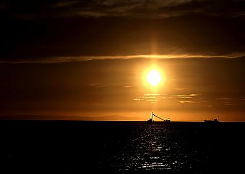 ⑦明石海峡の夕暮れ
