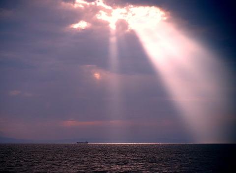 ⑤播磨灘のスポットライト現象