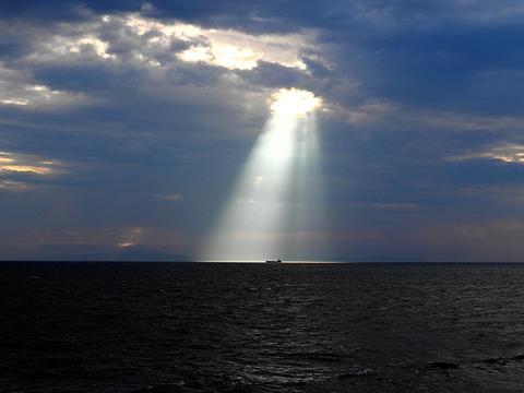 ②播磨灘のスポットライト現象