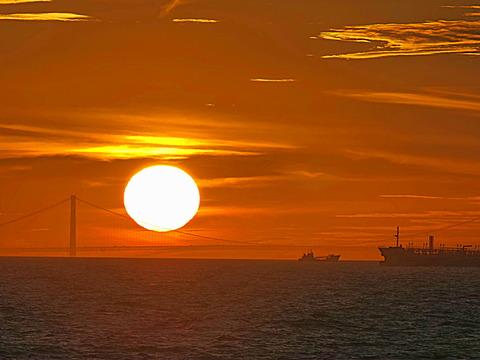 ⑨明石海峡大橋の夕暮れ