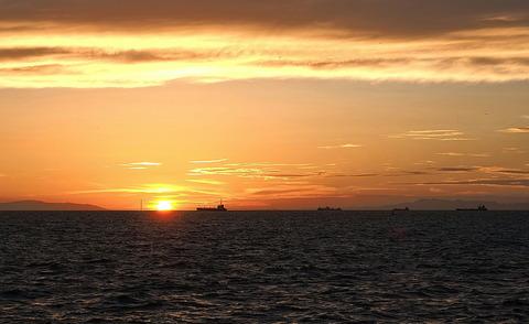 ⑤明石海峡の夕暮れ
