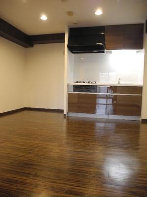 東山区小松町11−21 グランコート高台寺4階7